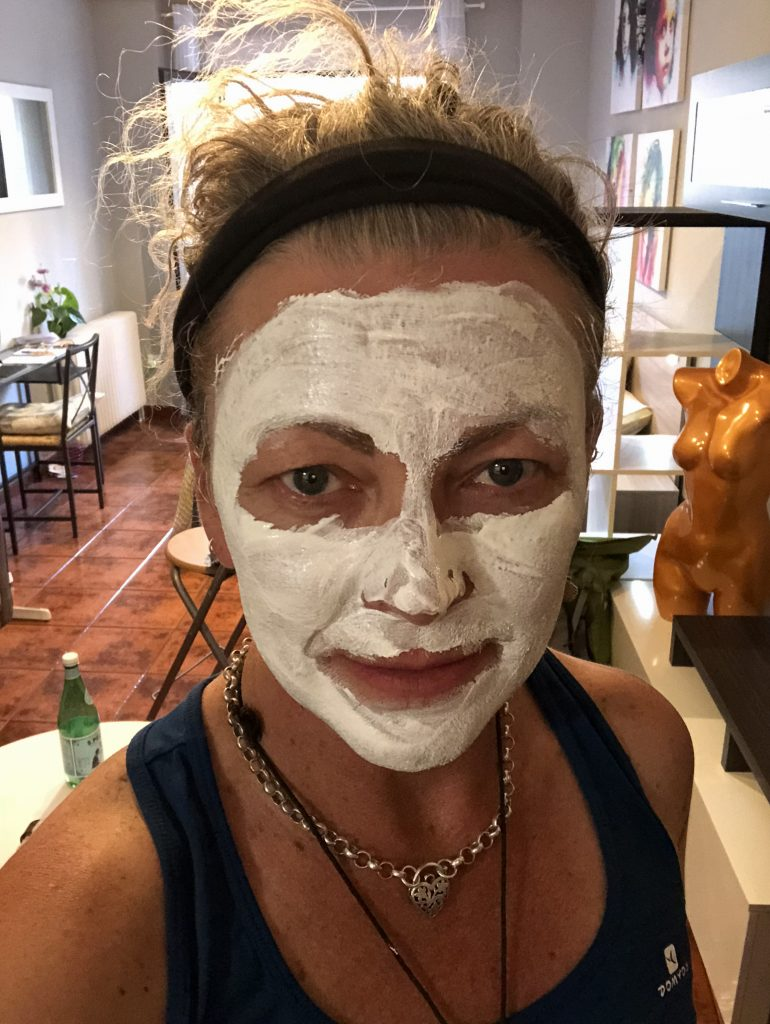 Face mask lady